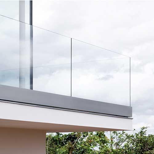 Glasbalkone und Glasvordächer von Delta Glasin Kaiserslautern